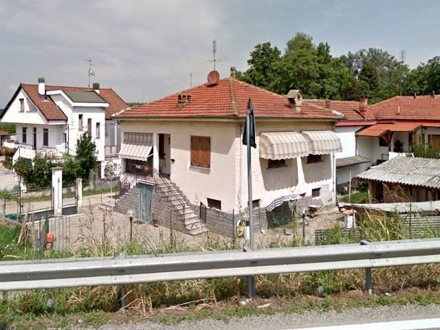Villa in vendita a Carignano, 5 locali, prezzo € 90.000 | CambioCasa.it