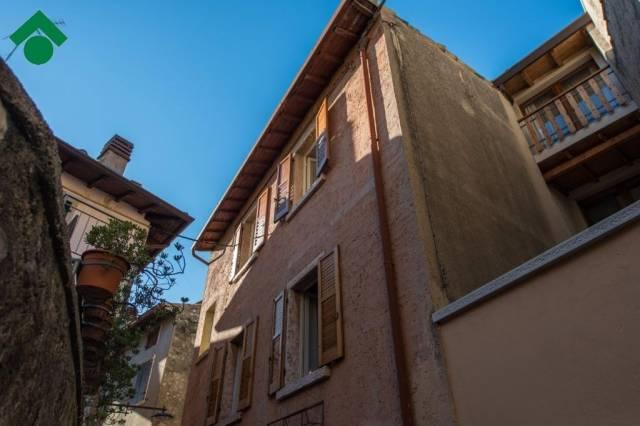 Soluzione Indipendente in vendita a Malcesine, 4 locali, prezzo € 210.000 | CambioCasa.it