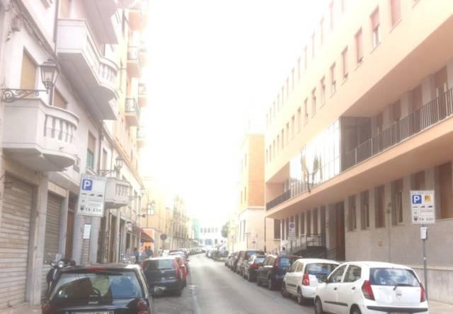Ufficio / Studio in affitto a Palermo, 3 locali, prezzo € 380   CambioCasa.it