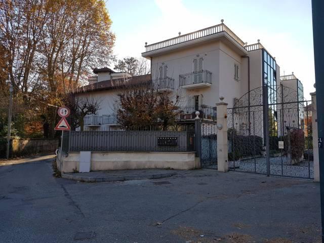 Appartamento in vendita a Torino, 4 locali, zona Zona: 11 . Regio Parco, Vanchiglia, Lungo Po, Vanchiglietta, prezzo € 300.000 | CambioCasa.it
