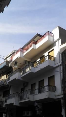Appartamento in vendita a Paternò, 4 locali, prezzo € 125.000 | CambioCasa.it