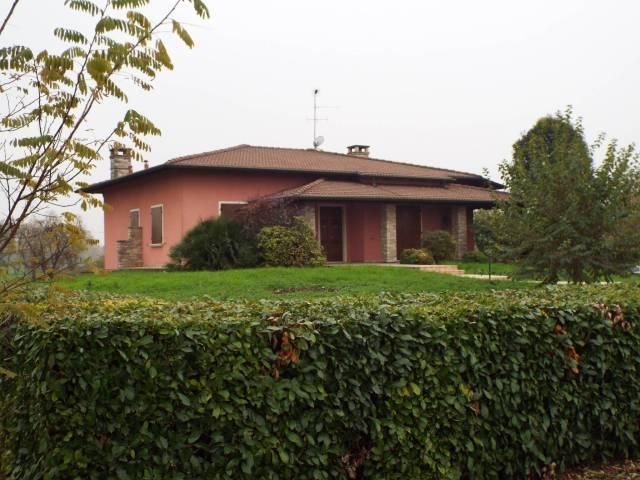 Villa in vendita a Ghedi, 4 locali, prezzo € 350.000 | CambioCasa.it
