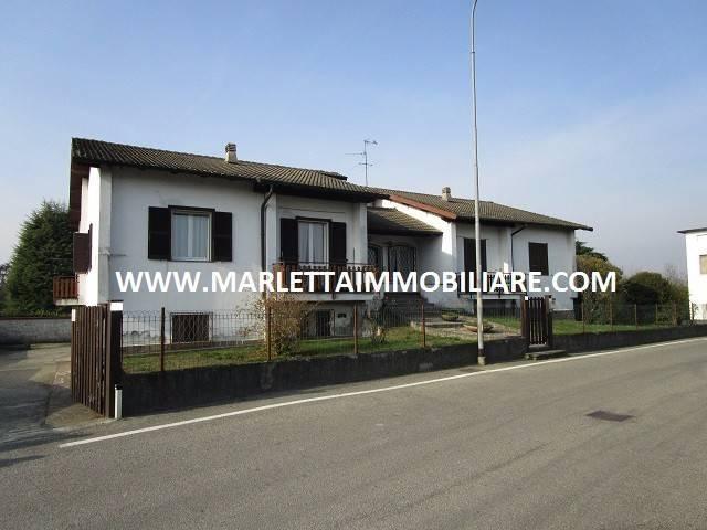 Villa in vendita a Spino d'Adda, 6 locali, prezzo € 460.000   CambioCasa.it
