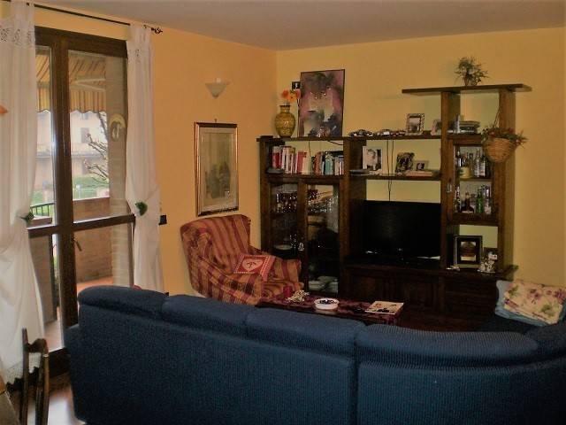 Appartamento in vendita a Castelvetro di Modena, 5 locali, prezzo € 215.000 | CambioCasa.it