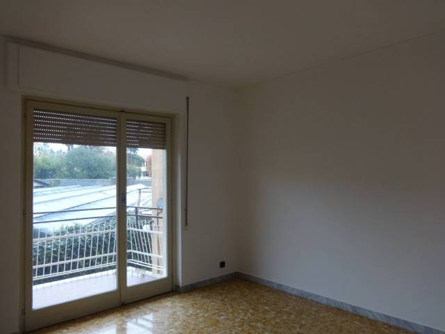 Appartamento in affitto a Vallecrosia, 2 locali, prezzo € 530 | CambioCasa.it