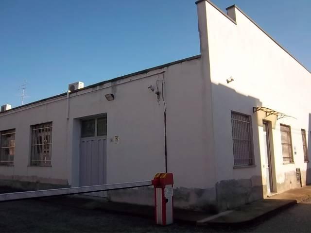 Laboratorio in vendita a Busto Arsizio, 1 locali, prezzo € 390.000 | CambioCasa.it