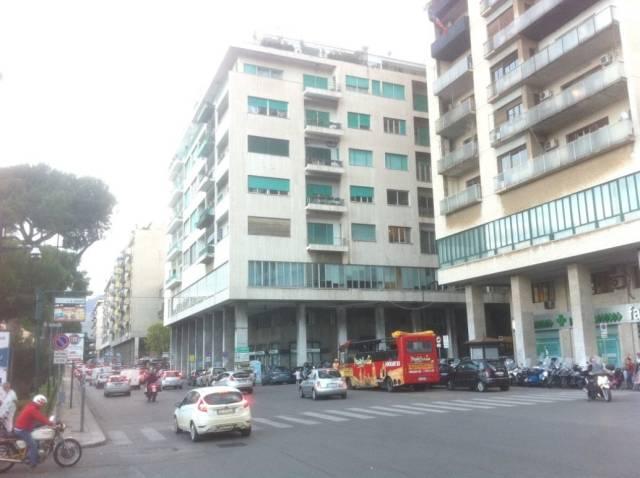 Attività / Licenza in vendita a Palermo, 5 locali, prezzo € 40.000   CambioCasa.it