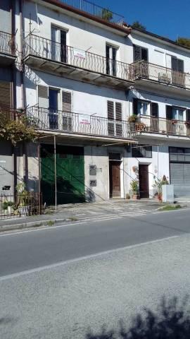 Soluzione Indipendente in vendita a Pratella, 6 locali, prezzo € 63.000 | CambioCasa.it