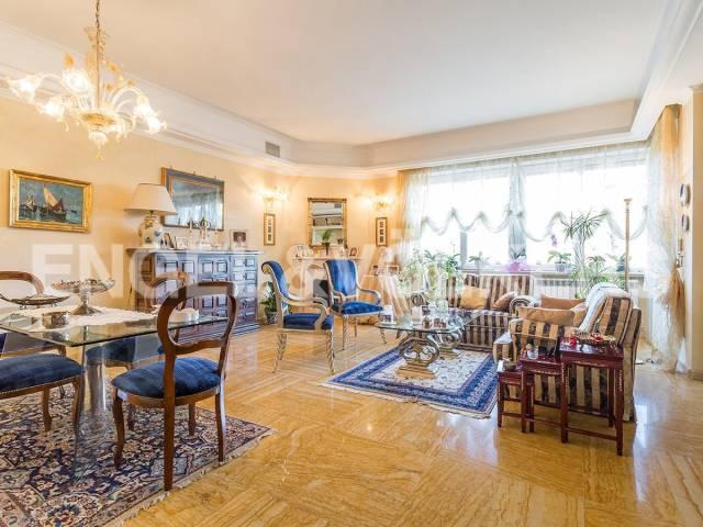 Appartamento in Vendita a Roma 04 Nomentano / Bologna: 5 locali, 224 mq