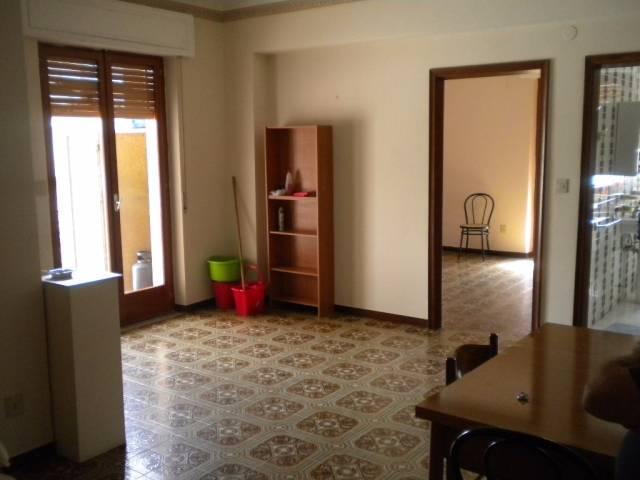 Appartamento in affitto a Bovalino, 2 locali, Trattative riservate | CambioCasa.it