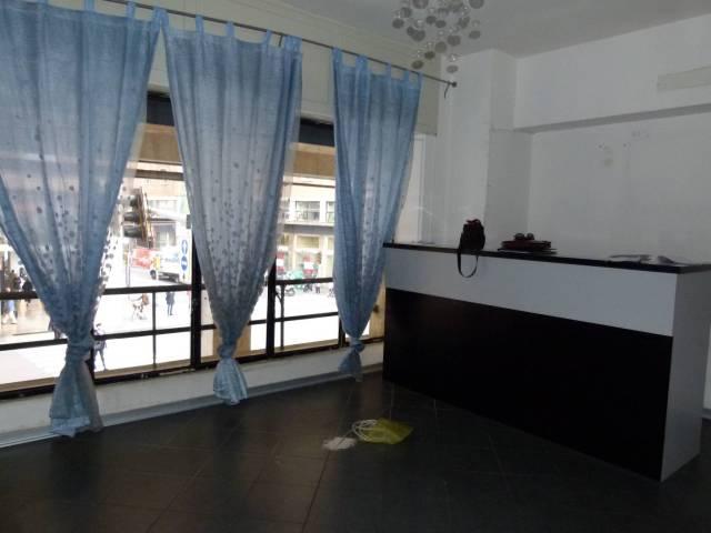Ufficio / Studio in vendita a Bologna, 4 locali, zona Zona: 1 . Centro Storico, prezzo € 195.000 | CambioCasa.it