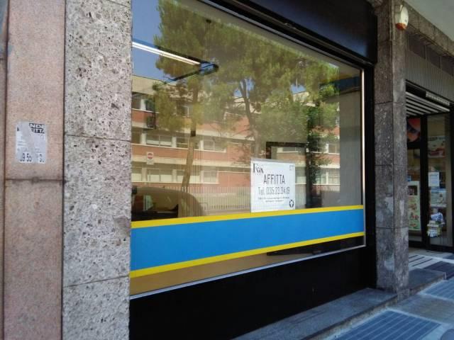 Negozio / Locale in affitto a Bergamo, 1 locali, prezzo € 1.200 | CambioCasa.it