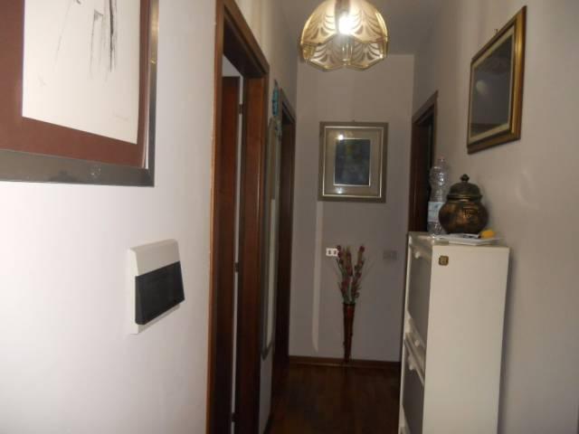 Appartamento in vendita a Guastalla, 3 locali, prezzo € 95.000 | CambioCasa.it