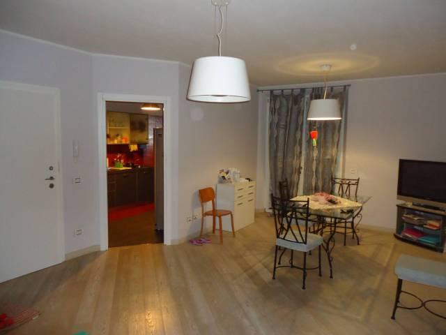 Appartamento in vendita a Cavezzo, 6 locali, prezzo € 200.000 | CambioCasa.it