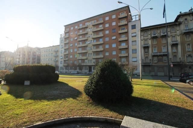 Ufficio / Studio in vendita a Busto Arsizio, 2 locali, prezzo € 77.000 | CambioCasa.it