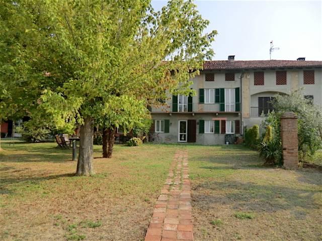 Rustico / Casale in vendita a Montemagno, 6 locali, prezzo € 140.000 | CambioCasa.it