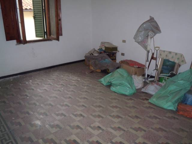 Soluzione Indipendente in vendita a Agliana, 4 locali, prezzo € 115.000 | CambioCasa.it