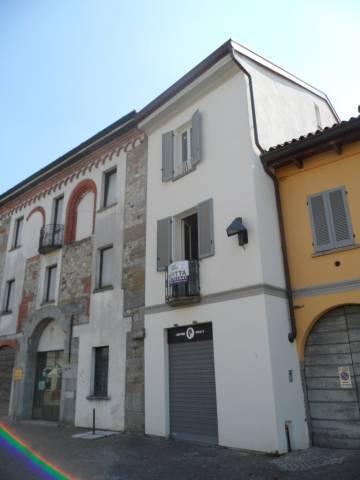 Negozio / Locale in affitto a Mariano Comense, 2 locali, prezzo € 1.400 | CambioCasa.it