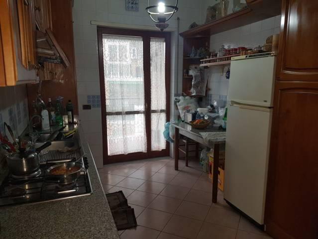 Appartamento in vendita a San Giorgio a Cremano, 4 locali, prezzo € 390.000 | CambioCasa.it