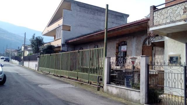Soluzione Indipendente in vendita a Pietramelara, 6 locali, prezzo € 120.000 | CambioCasa.it
