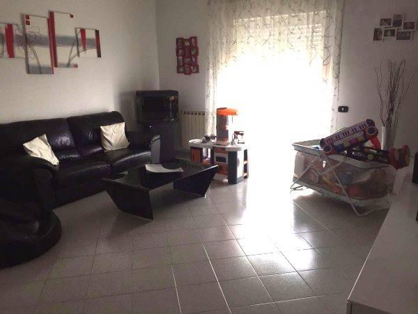 Appartamento in affitto a Sant'Anastasia, 3 locali, prezzo € 475 | CambioCasa.it