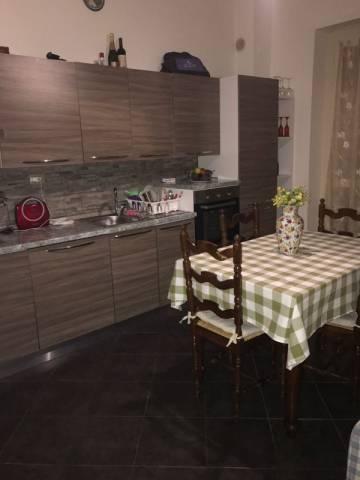 Appartamento in vendita a Pinerolo, 3 locali, prezzo € 100.000 | CambioCasa.it