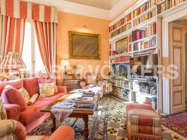 Appartamento in Vendita a Roma 31 Prati / Borgo: 5 locali, 220 mq
