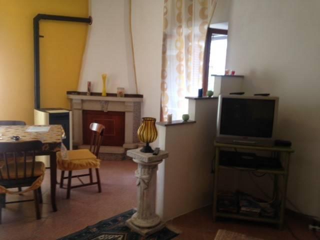 Appartamento in affitto a Capistrello, 1 locali, prezzo € 230 | CambioCasa.it