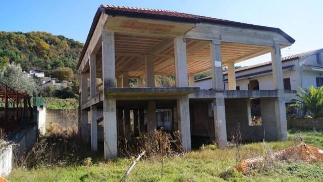 Villa in vendita a Liberi, 3 locali, prezzo € 98.000 | CambioCasa.it