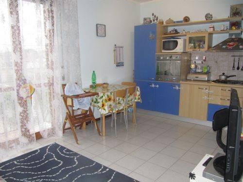 Appartamento in vendita a Vignate, 2 locali, prezzo € 110.000 | CambioCasa.it