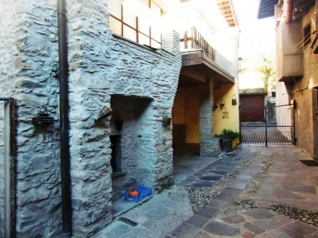 Soluzione Indipendente in vendita a Barni, 5 locali, prezzo € 45.000 | CambioCasa.it