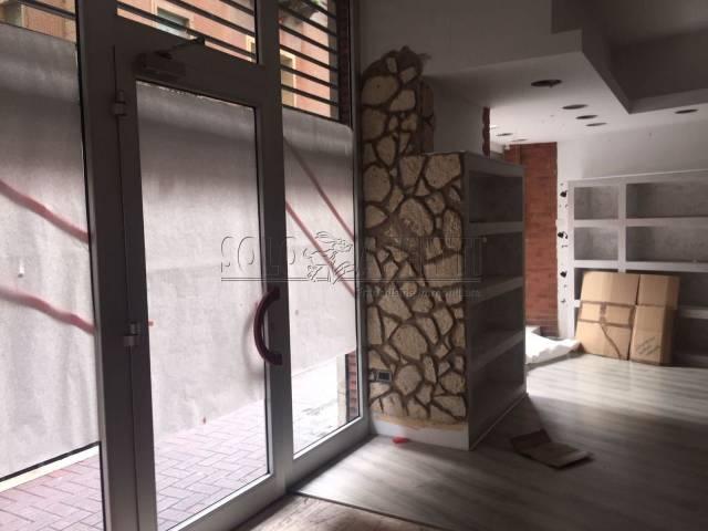 Negozio / Locale in affitto a Pescara, 1 locali, Trattative riservate | CambioCasa.it
