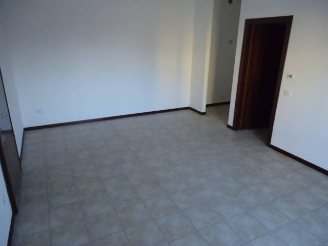 Appartamento in vendita a San Prospero, 3 locali, prezzo € 90.000   CambioCasa.it