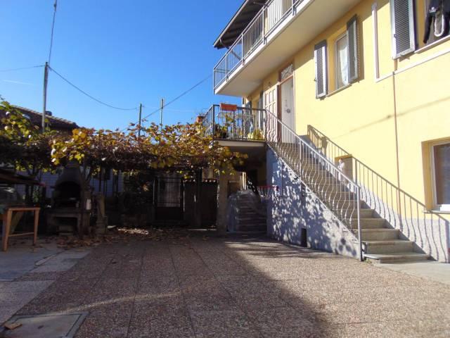 Appartamento in vendita a Galbiate, 5 locali, prezzo € 250.000 | CambioCasa.it