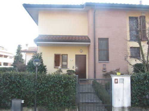 Villa in vendita a Vignate, 4 locali, prezzo € 387.000 | CambioCasa.it