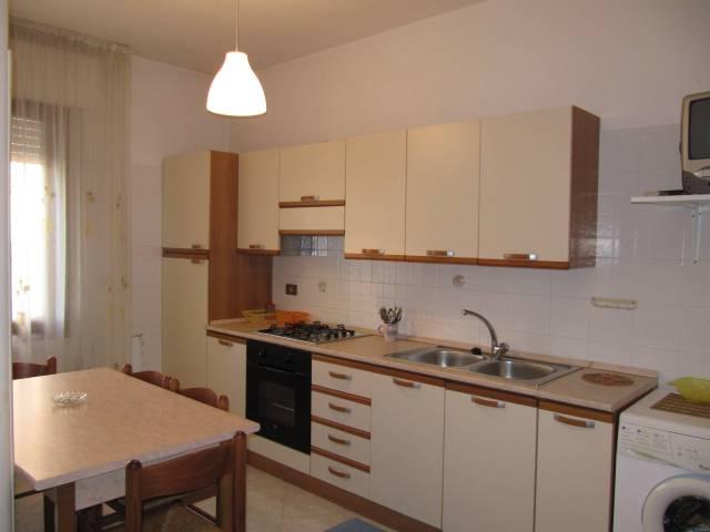 Appartamento in vendita a Chioggia, 3 locali, prezzo € 95.000 | CambioCasa.it