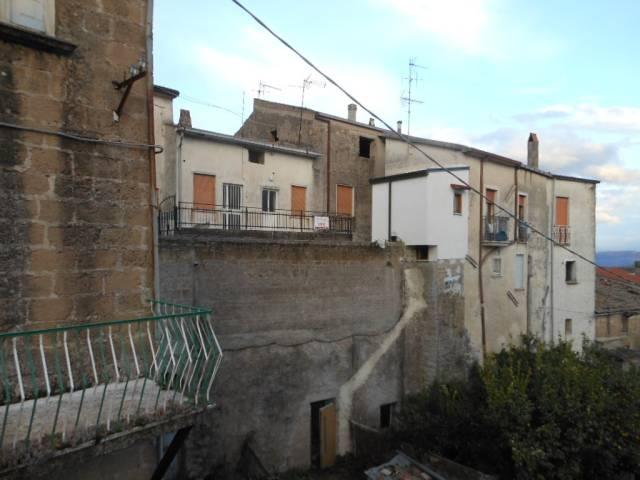 Soluzione Indipendente in vendita a Conca della Campania, 4 locali, prezzo € 28.000 | CambioCasa.it