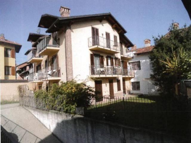 Appartamento in vendita a Giaveno, 2 locali, prezzo € 72.000 | CambioCasa.it