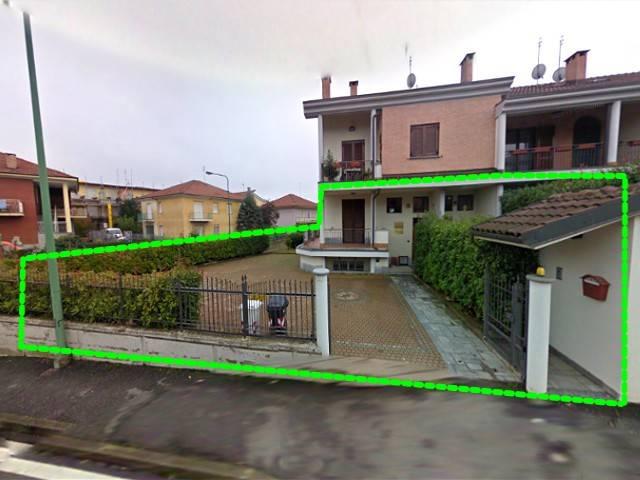Appartamento in vendita a Chieri, 3 locali, prezzo € 120.000   CambioCasa.it