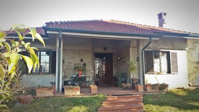 Villa in vendita a Cerro Maggiore, 4 locali, prezzo € 500.000 | CambioCasa.it