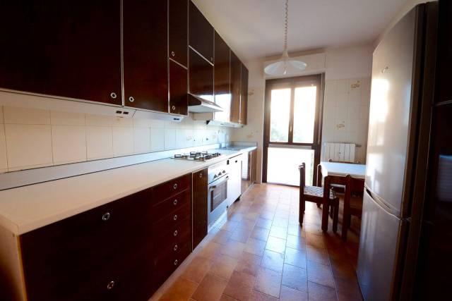 Appartamento in vendita a Villasanta, 2 locali, prezzo € 112.000   CambioCasa.it