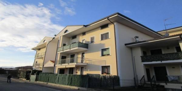 Appartamento in vendita a Borgomanero, 3 locali, prezzo € 155.000 | CambioCasa.it