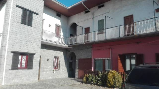 Appartamento in vendita a Fagnano Olona, 3 locali, prezzo € 94.000 | CambioCasa.it