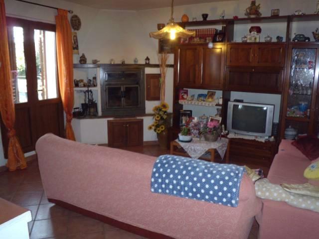 Appartamento in vendita a Agliana, 4 locali, prezzo € 179.000 | CambioCasa.it