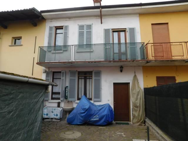 Soluzione Indipendente in vendita a Gravellona Lomellina, 3 locali, prezzo € 67.000 | CambioCasa.it