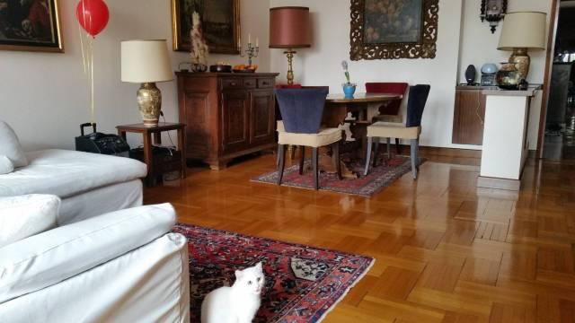 Appartamento in vendita a Padova, 3 locali, zona Zona: 1 . Centro, prezzo € 220.000 | CambioCasa.it