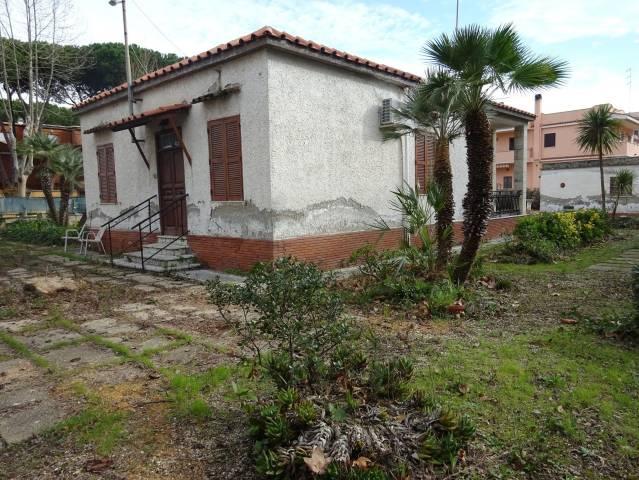Villa in vendita a Santa Marinella, 4 locali, prezzo € 795.000 | CambioCasa.it