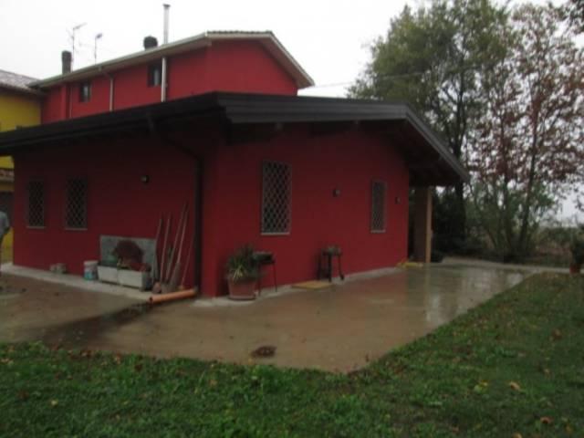 Villa a Schiera in vendita a Rodigo, 6 locali, prezzo € 200.000 | CambioCasa.it