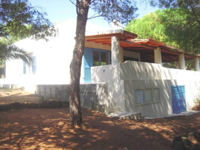 Villa in vendita a Ustica, 4 locali, prezzo € 390.000 | CambioCasa.it