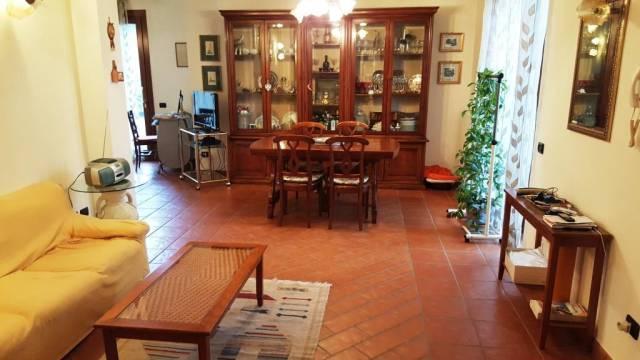 Villa in vendita a Sumirago, 5 locali, prezzo € 480.000 | CambioCasa.it